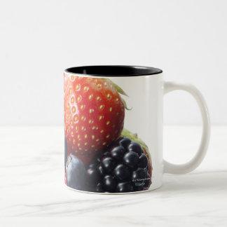Raw fruit shake Two-Tone coffee mug