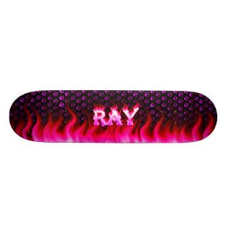 Ray pink fire Skatersollie skateboard.