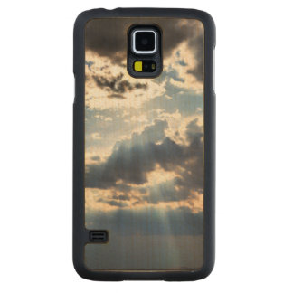 Rays of sunshine from above carved maple galaxy s5 case