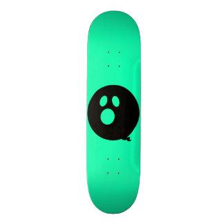 Rayshine GHOST™ Black and Aqua Skateboard