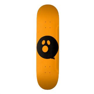 Rayshine GHOST™ Black and Orange Skateboard