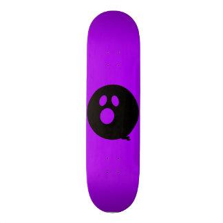 Rayshine GHOST™ Black and Purple Skateboard
