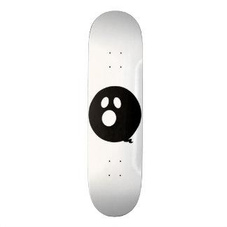 Rayshine GHOST™ Black and White Skateboard