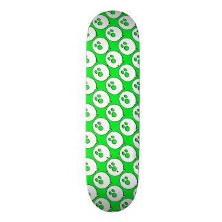 Rayshine GHOST™ Pop Art Green & White Skateboard