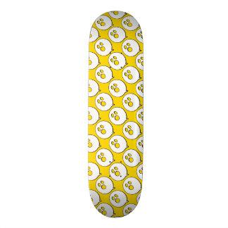 Rayshine GHOST™ Pop Art Yellow & White Skateboard