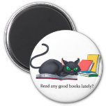 Read any good books lately? 6 cm round magnet