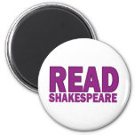 Read Shakespeare 6 Cm Round Magnet