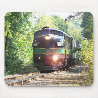 Reading Railroad Lines FP7 Diesel Locomotive 902 Mouse Mat