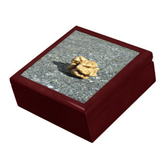 Ready to eat Walnut on a granule Gift Box