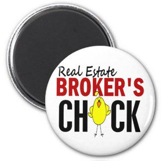 REAL ESTATE BROKER'S CHICK MAGNET