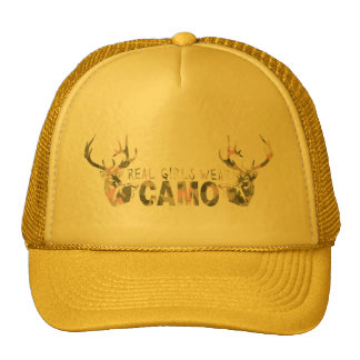 REAL GIRLS WEAR CAMO HAT