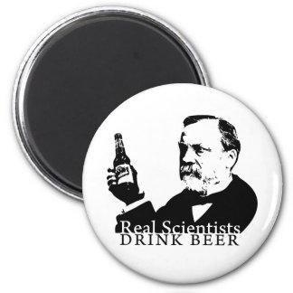 Real Scientists Drink Beer - Magnet