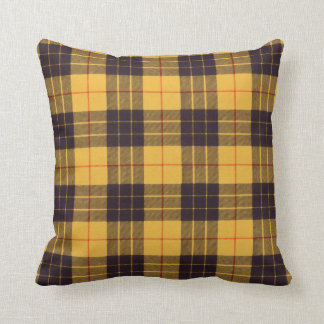 Real Scottish tartan - Macleod of Lewis & Ramsay Throw Pillow