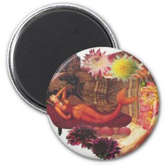 reclining nixie 6 cm round magnet