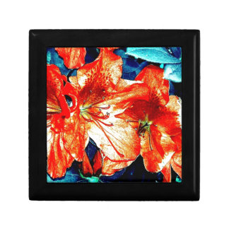 Red and Blue Flowers Small Square Gift Box