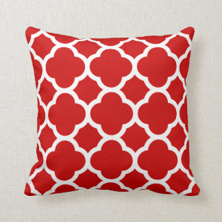 Red and White Quatrefoil Pattern Throw Pillow