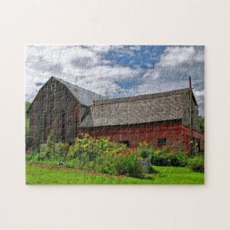 Red Barn on Sunny Summer Day Puzzle