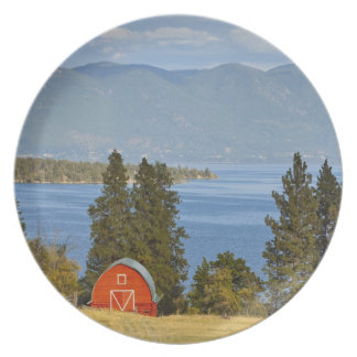 Red barn sits along scenic Flathead Lake near Party Plates