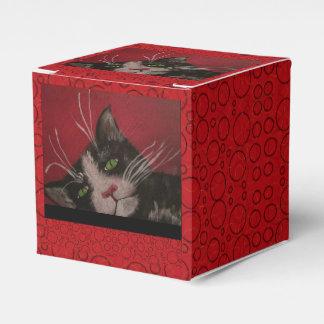 red cat gift box