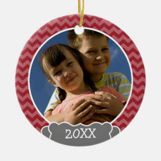 Red chevrons photo frame with year christmas ornament