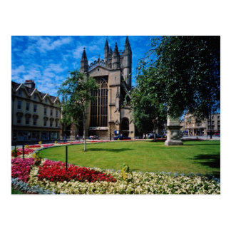 Red East front, Bath Abbey, Avon, England flowers Postcard