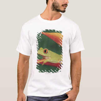 Red eye tree frog sitting on flower T-Shirt