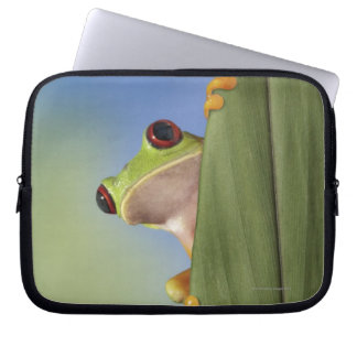 Red Eyed Tre Frog Peeking From Behind a Leaf Laptop Sleeve