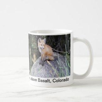 Red fox photo mug