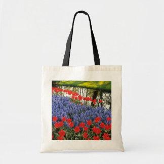 Red Keukenhof Gardnes, Holland flowers Budget Tote Bag