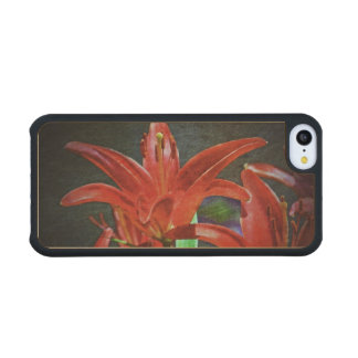 Red Lily-Textured Carved® Maple iPhone 5C Slim Case
