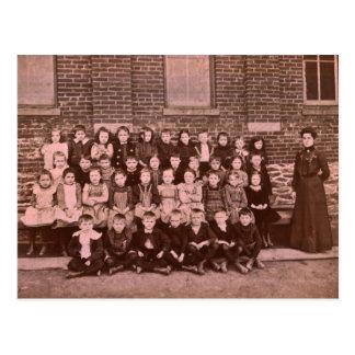 Red Lion 1st Grade Class of 1901 Postcard