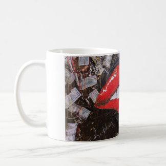 Red lips basic white mug