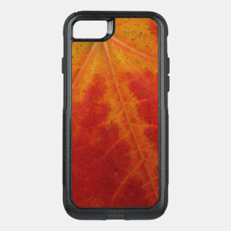 Red Maple Leaf Abstract Autumn Nature Photography OtterBox Commuter iPhone 8/7 Case