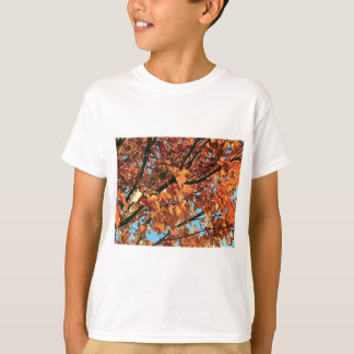 RED MAPLE TREE IN AUTUMN FALL TSHIRT