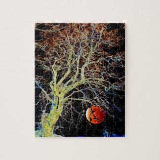 Red Moon Rising Jigsaw Puzzle