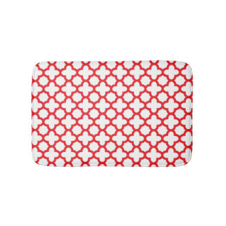 Red Quatrefoil Pattern Bath Mat