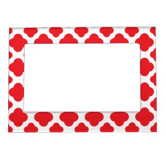 Red Quatrefoil Pattern Magnetic Frames