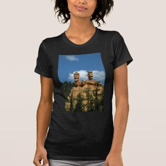Red rock formation at Red Canyon, Utah T-shirt