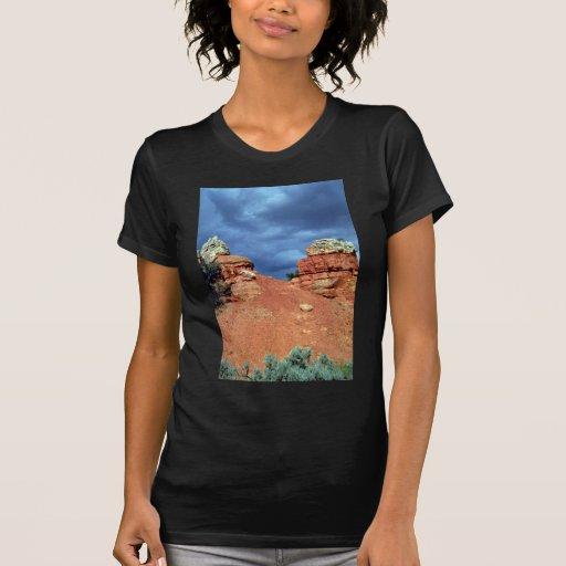 Red rocks, Red Canyon, Utah rock formation Shirts