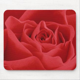 Red Rose Petals Mouse Mat