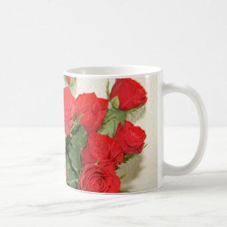 Red roses basic white mug