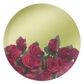 Red roses dinner plates