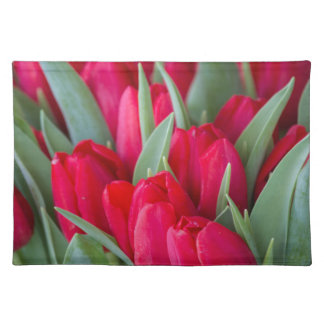 red tulips placemat