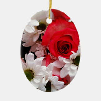 Red-White-Roses-Daisies-Bouquet-Oval Ornament