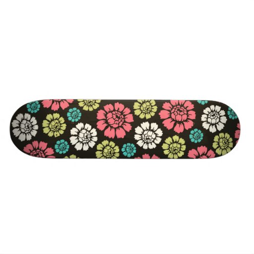 Red Yellow White Daisy Pattern Design Skate Board