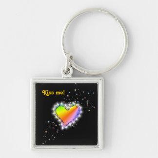 Regenbogen-Herz mit Sternchen auf schwarz Schlüsselanhänger