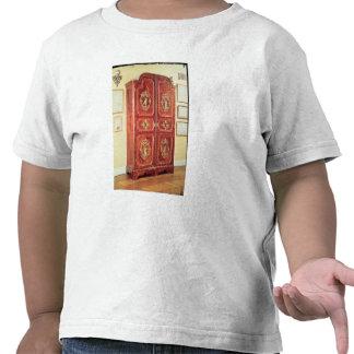 Regency style wardrobe, 1725-30 tee shirts