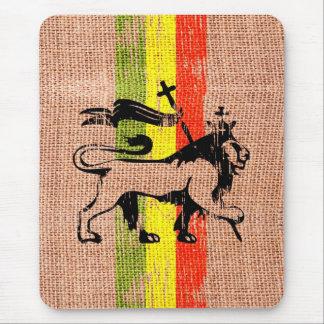 Reggae king lion mouse mat
