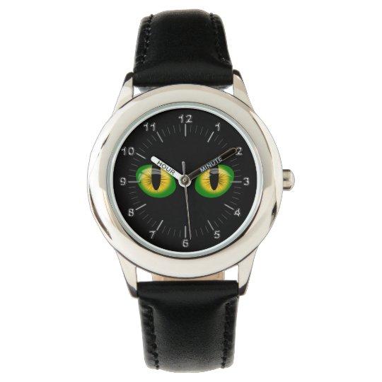 Reptile eyes watch