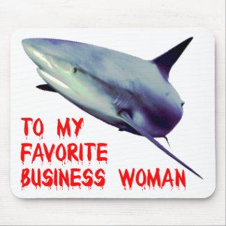 Requin business femme tapis de souris